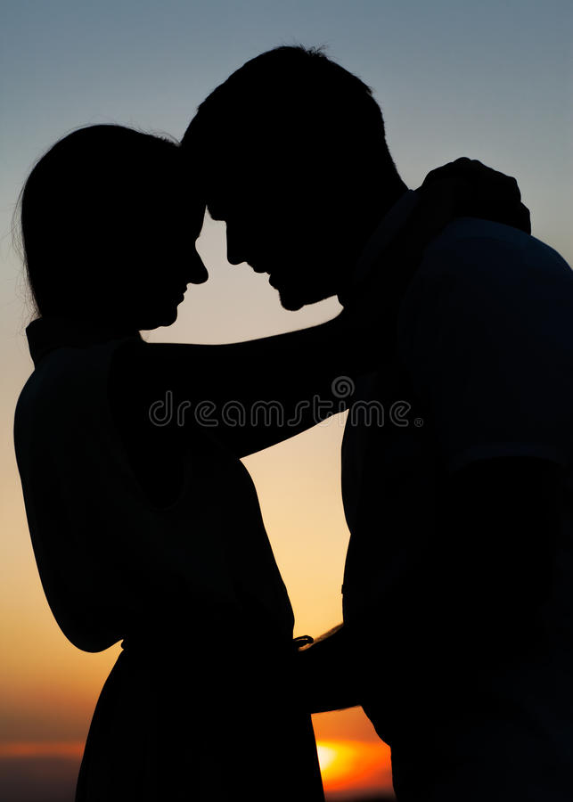 Sillhouette couple love royalty free stock images