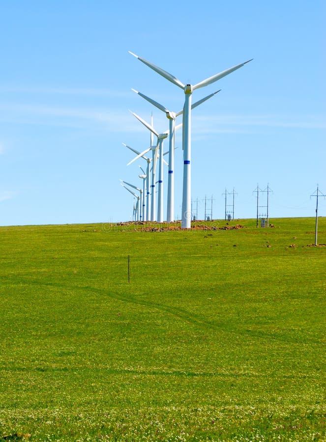 Download Silnik wiatrowy zdjęcie stock. Obraz złożonej z ostrza - 28964204