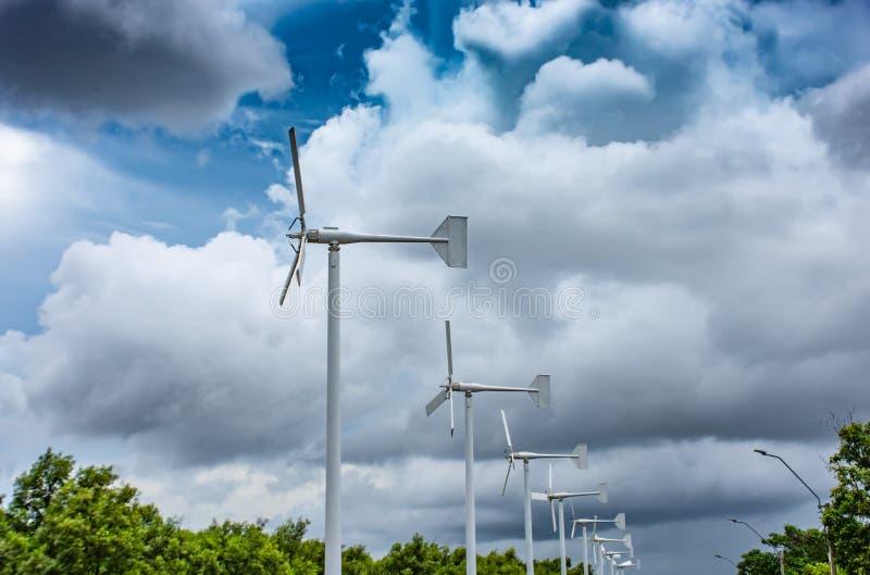 Silnik wiatrowy przy uderzeniem Poo, Samut Prakan zdjęcia royalty free