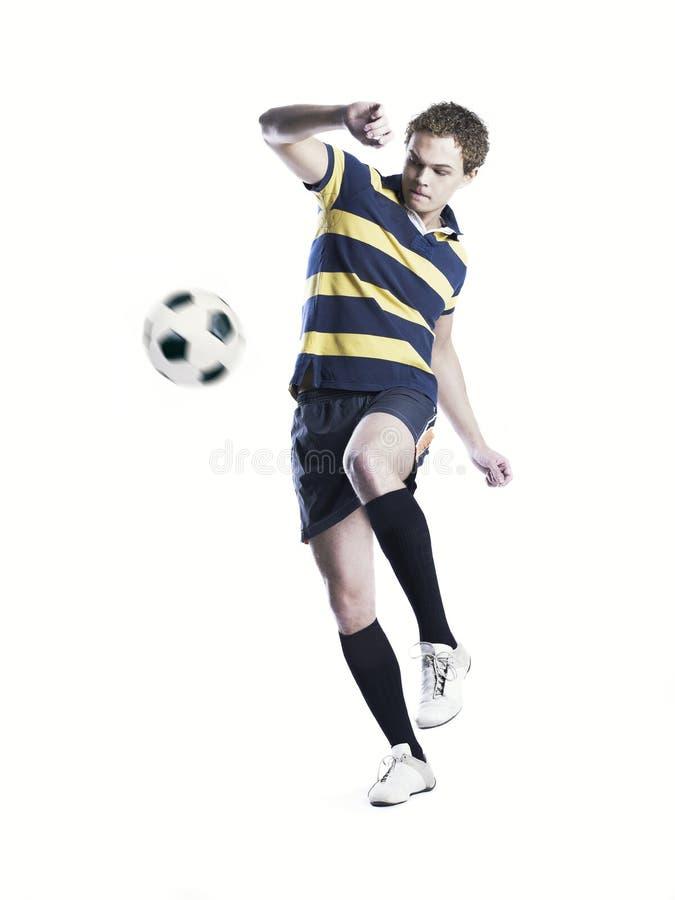 silny balowy atlety kopanie obraz stock