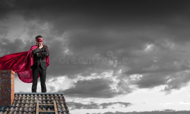 Silny i potężny jako super bohater Mieszani środki fotografia stock