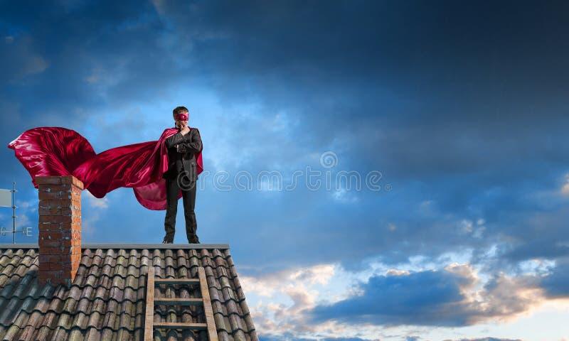 Silny i potężny jako super bohater Mieszani środki zdjęcia stock