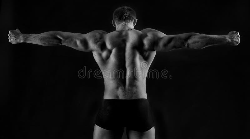 silny sportowy mężczyzna obrazy royalty free