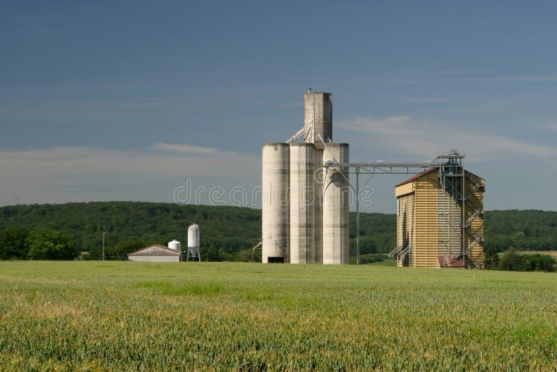 Download Silo foto de archivo. Imagen de silo, rural, francés, paisaje - 176186
