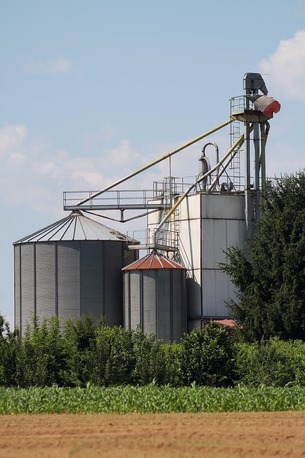 Silos de la granja fotografía de archivo