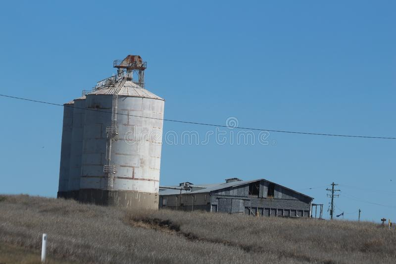 Silos et grange de grain photos stock