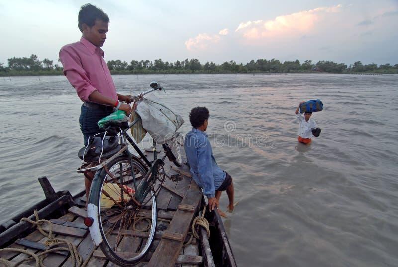 Siltation van de rivier stock fotografie