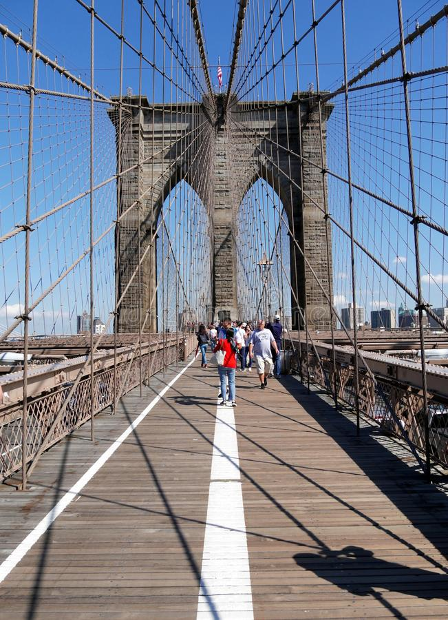 Silueta ?nica del puente de Brooklyn New York City fotos de archivo