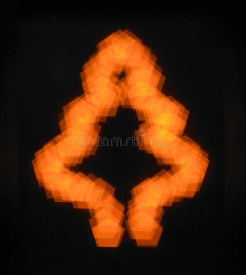 Silueta de la luz anaranjada del árbol de navidad ilustración del vector