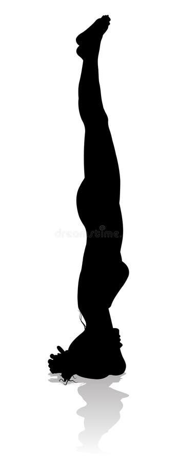 Silueta de la mujer de la actitud de Pilates de la yoga stock de ilustración