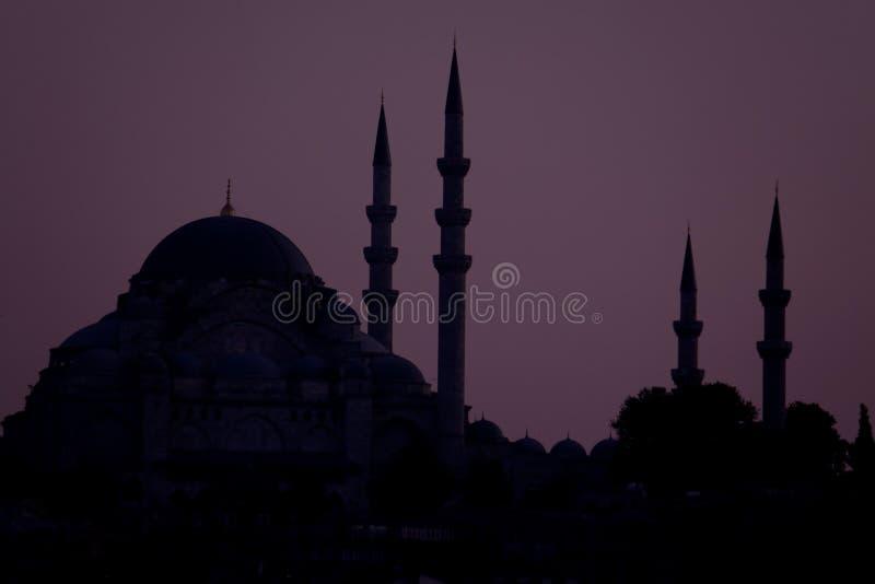 Silueta de mezquitas en Estambul, Turquía foto de archivo libre de regalías