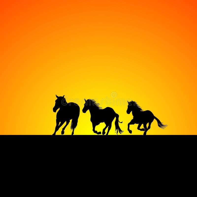 Silueta de tres caballos que galopan en la salida del sol libre illustration
