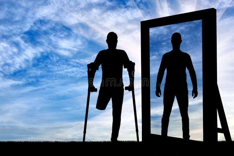 Silueta de un hombre con una pierna amputada con las muletas foto de archivo