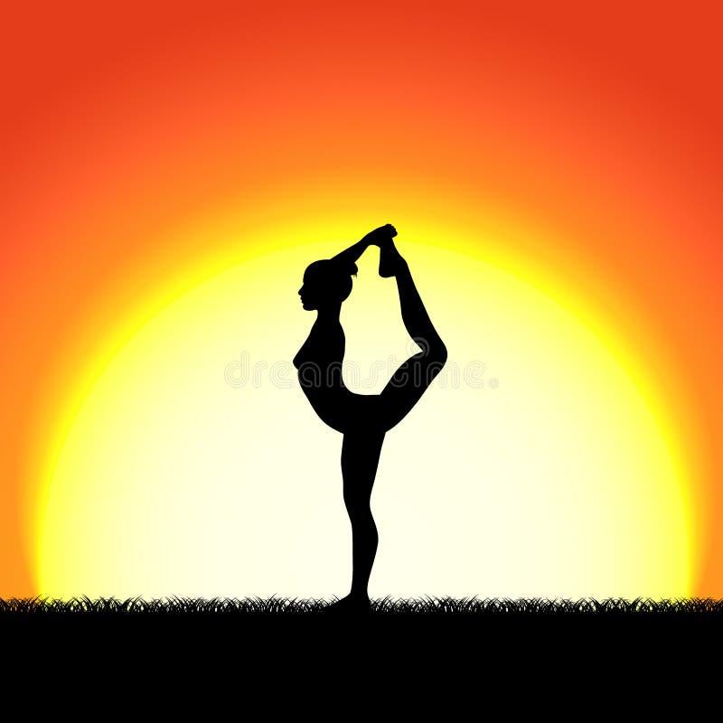 Silueta del negro de la actitud del dhanurasana de la yoga en fondo de la puesta del sol Carácter de la mujer que medita en natur stock de ilustración