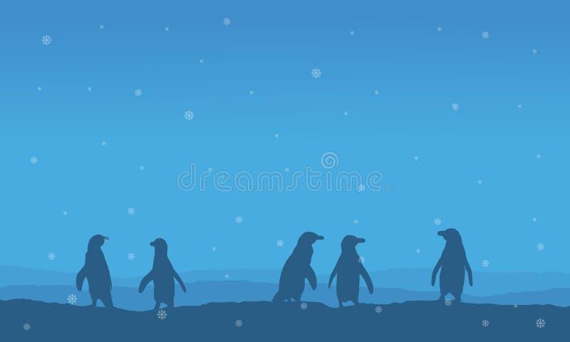 Silueta del pingüino alineada en paisaje de la colina libre illustration