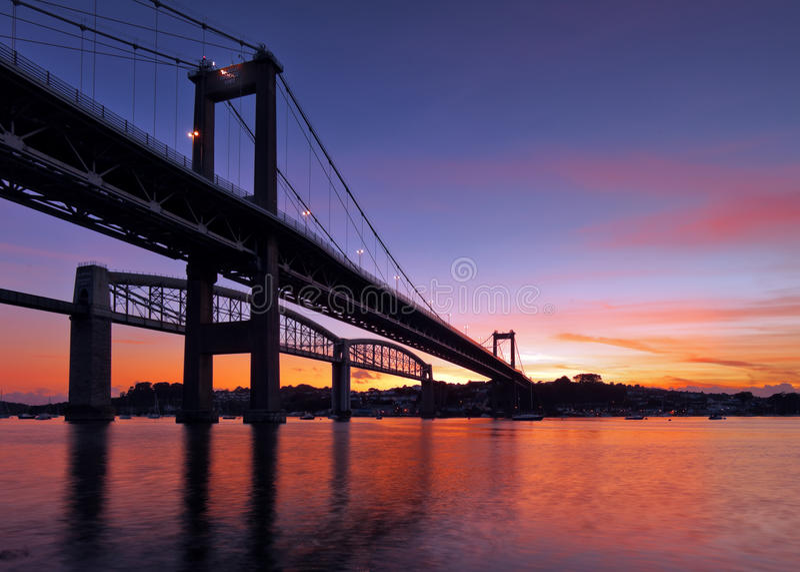 Silueta del puente de Tamar fotografía de archivo