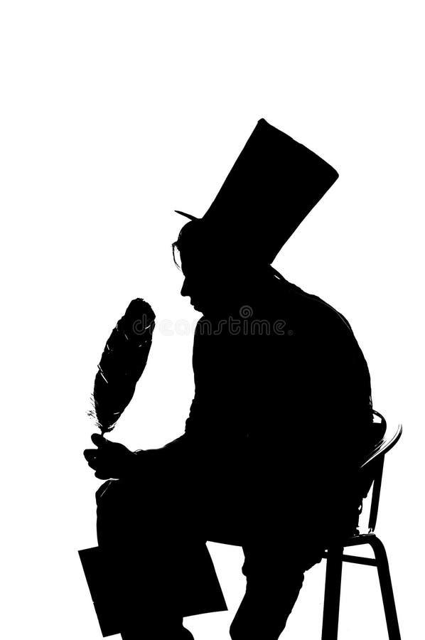 Siluetee al hombre que se sienta en un taburete mientras que escribe ilustración del vector