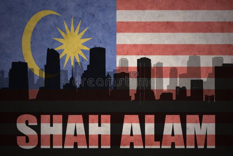 Siluetta astratta della città con testo Shah Alam alla bandiera malese d'annata royalty illustrazione gratis