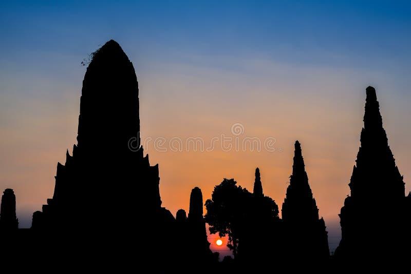 Siluetta del parco di storia di Ayutthaya immagini stock libere da diritti
