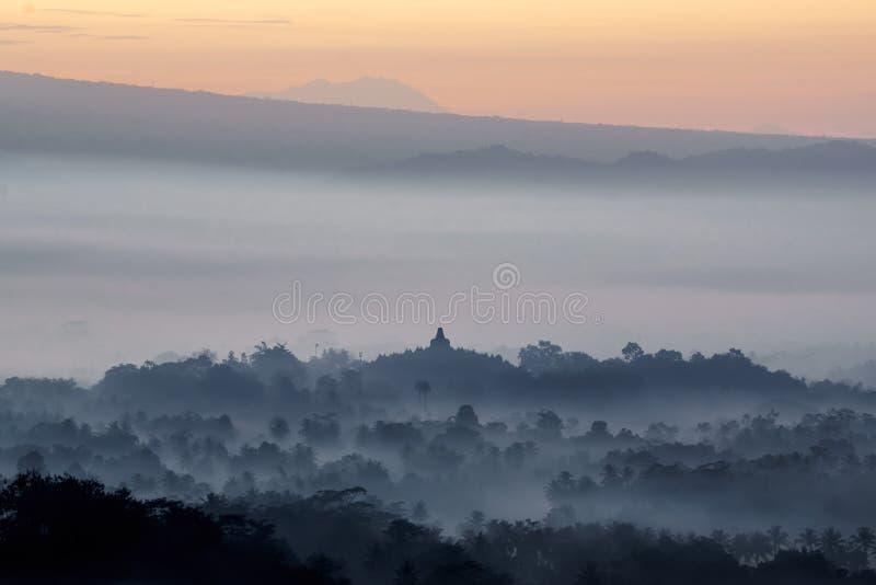 Siluetta del tempio di Borobudur immagine stock