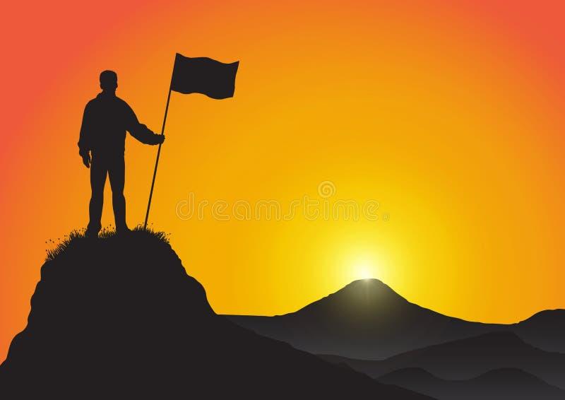 Siluetta dell'uomo sopra la bandiera della tenuta della montagna sul fondo dorato di alba, sul successo, sul risultato e sul conc illustrazione di stock