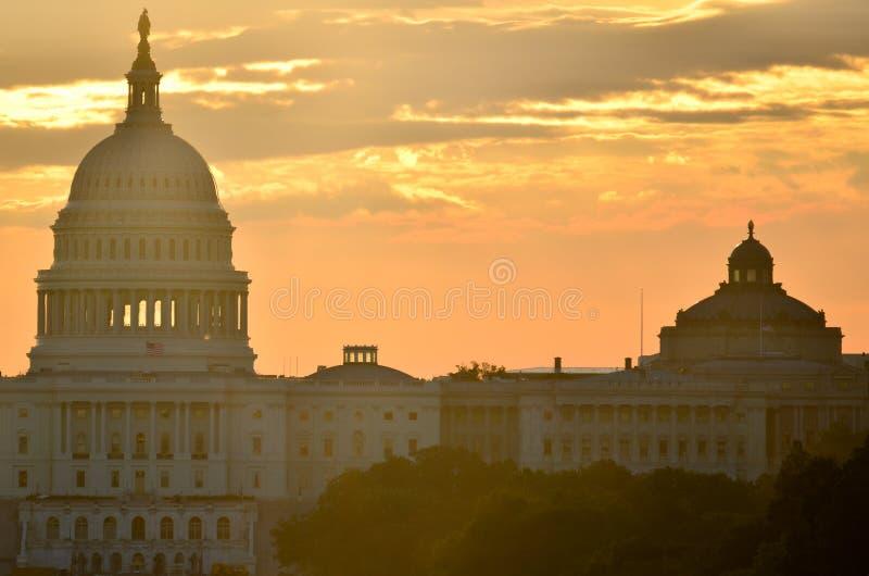 Siluetta della cupola del Campidoglio degli Stati Uniti, Washington DC fotografia stock