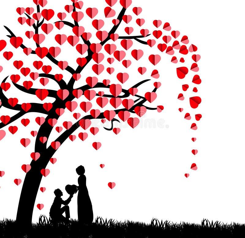Siluetta di un uomo che presenta un cuore sul suo ginocchio ad una bella donna nell'ambito di una stagione dell'albero di amore i immagini stock libere da diritti