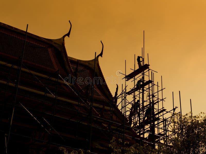 Siluetta rinnovata della pagoda immagini stock
