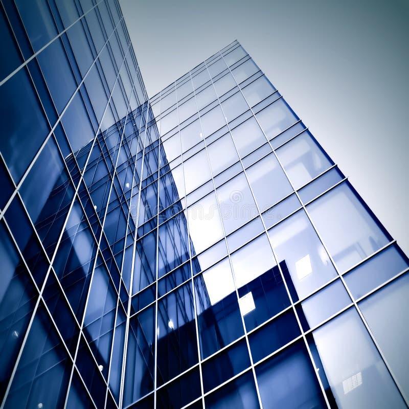 Siluette di vetro moderne dei grattacieli fotografia stock libera da diritti