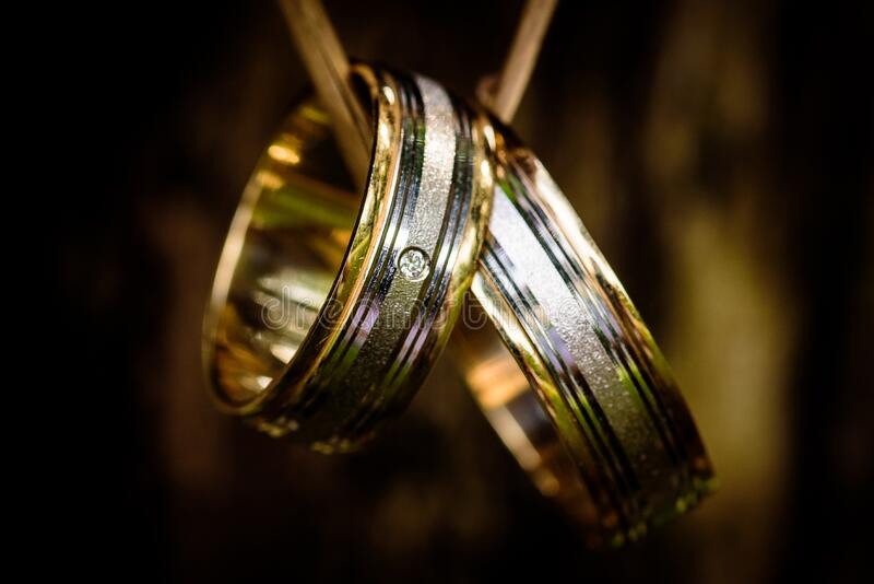 Silver And Gold Couple Ring Free Public Domain Cc0 Image