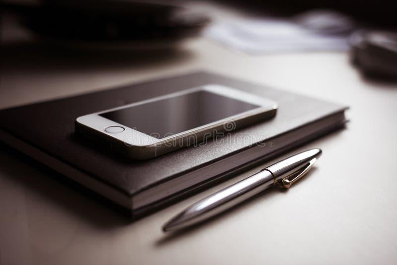 Silver Iphone 6 Free Public Domain Cc0 Image