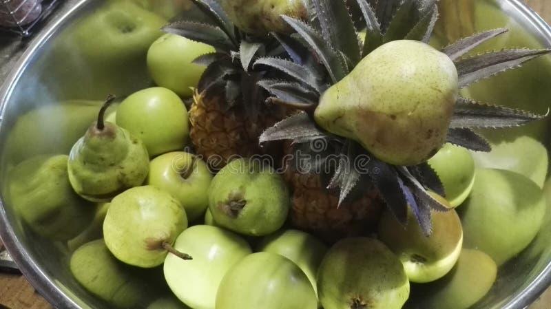 Silverfruktbunke royaltyfria bilder