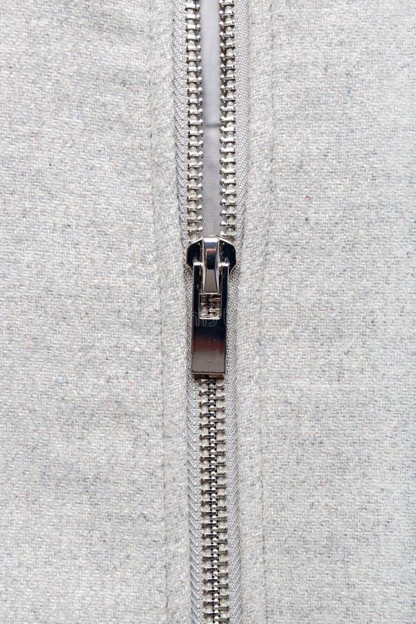 Silvervinande på woolen tyg royaltyfria bilder