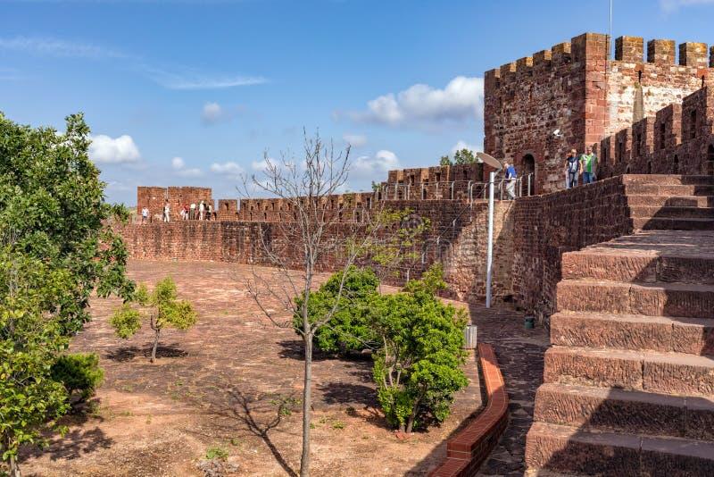 Silves城堡` s外壁,阿尔加威,葡萄牙 库存图片
