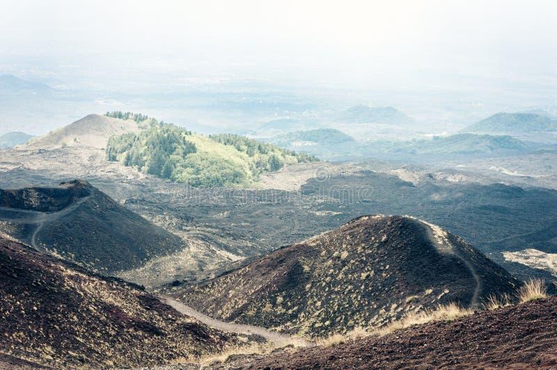 Silvestri kratery g?ra Etna, aktywny wulkan na wschodnim wybrze?u Sicily, W?ochy zdjęcie stock