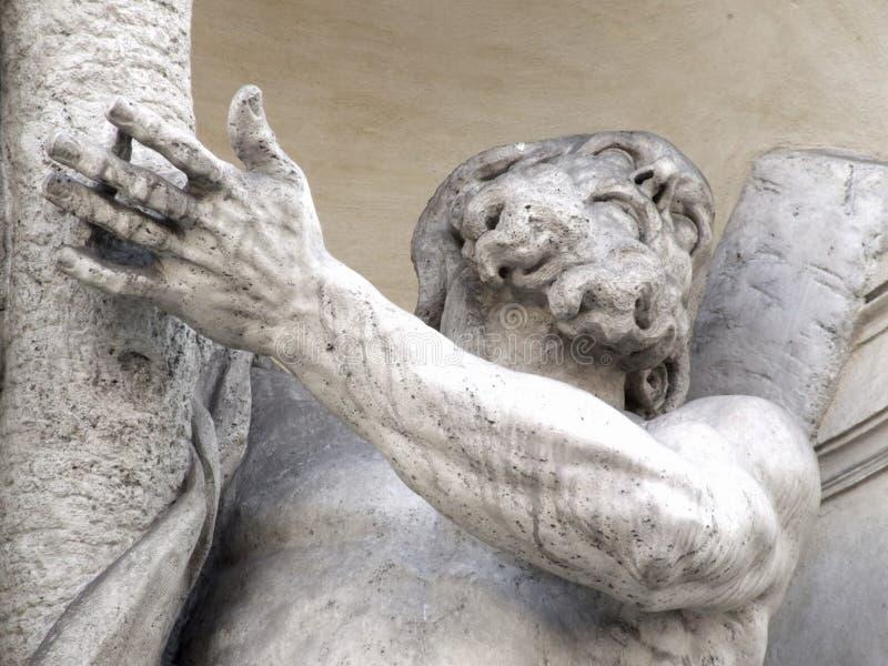 Аркада Сан Silvestro Италии Roma - творческие общие gnuckx стоковые изображения rf