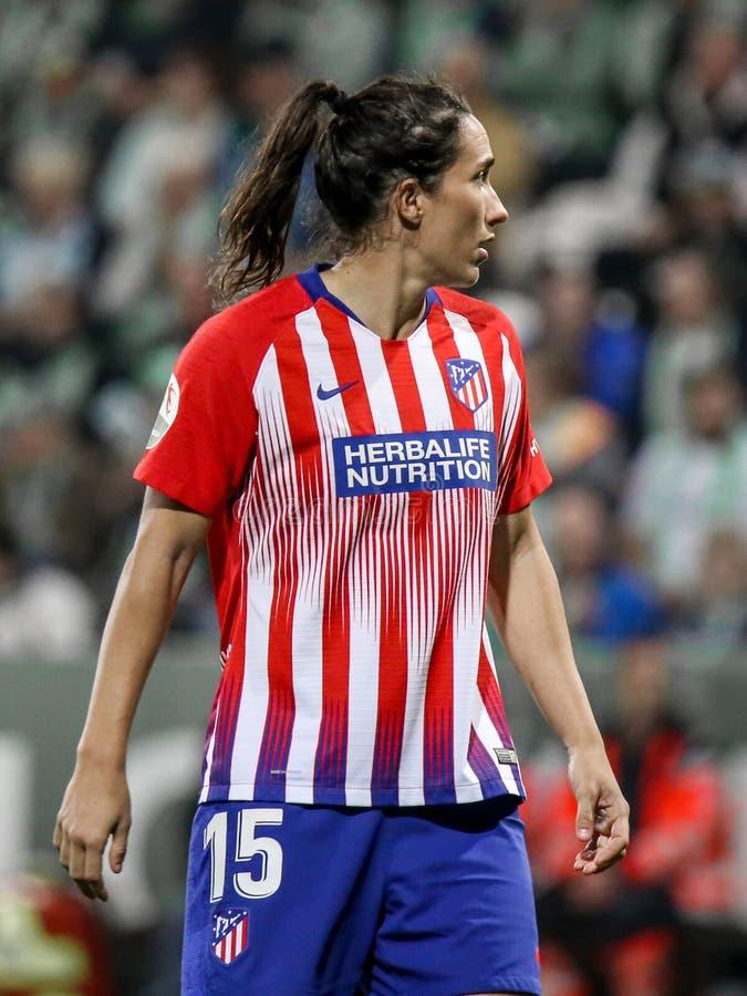 Silvia Meseguer Bellido κατά τη διάρκεια ενός αγώνα ποδοσφαίρου UEFA στοκ εικόνες