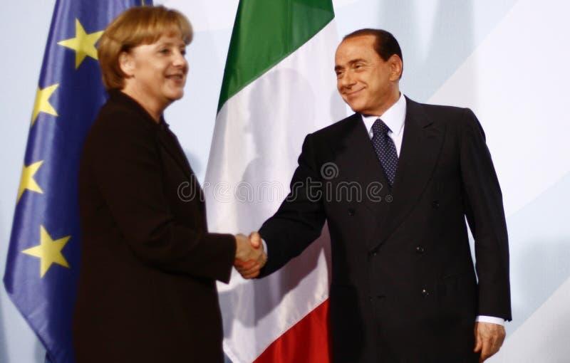 Silvio Berlusconi, Angela Merkel lizenzfreie stockfotos