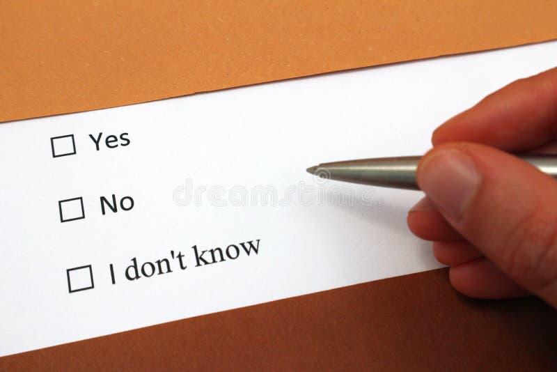 Sim ou não ou eu não conheço opções da resposta Decida ou assuntos plannning ou de problemas fotografia de stock royalty free