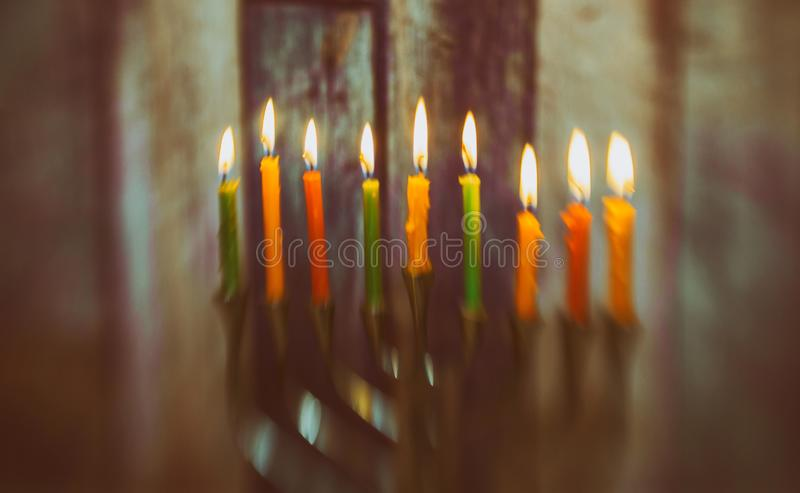 Simboli ebrei del hannukah di festa - menorah fotografie stock libere da diritti