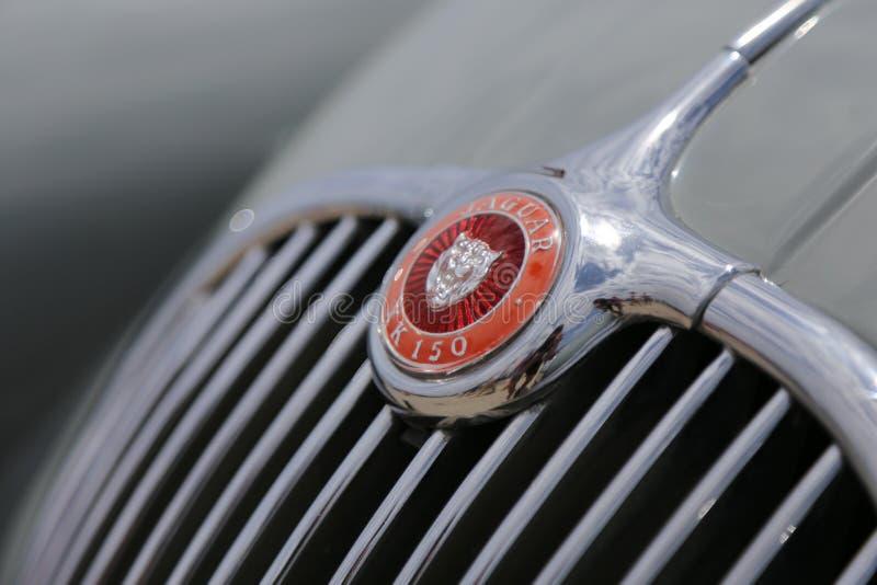 Simbolizzi il giaguaro il kx 150 dell'automobile alla mostra di retro battaglie dell'automobile nel Cipro fotografia stock