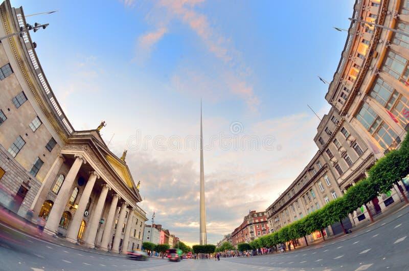Simbolo del centro di Dublino, Irlanda - guglia fotografie stock