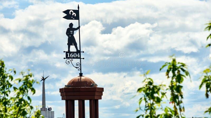 Simbolo di fondare la città di Tomsk fotografie stock