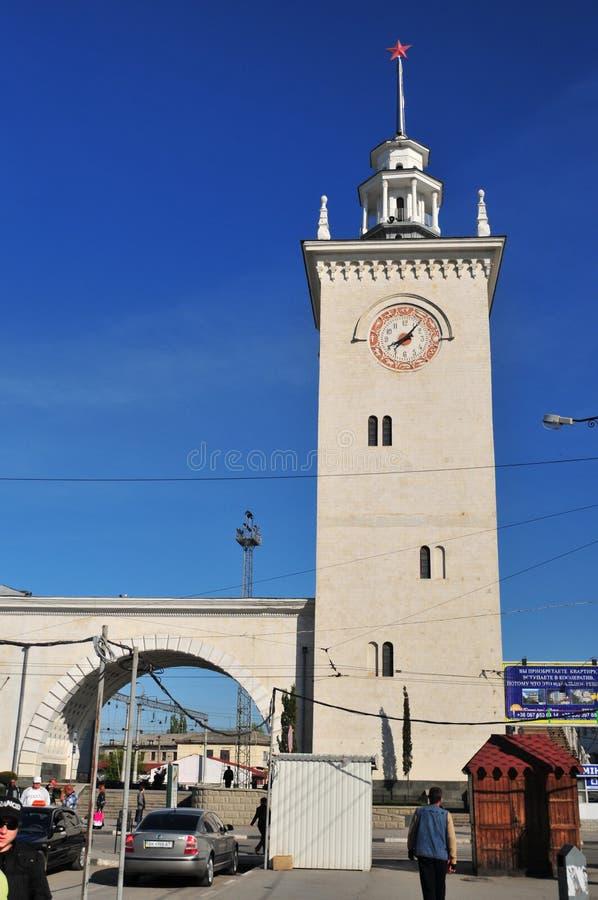 Simferopoli, Ucraina, maggio 2011 Stazione ferroviaria di Simferopoli fotografie stock