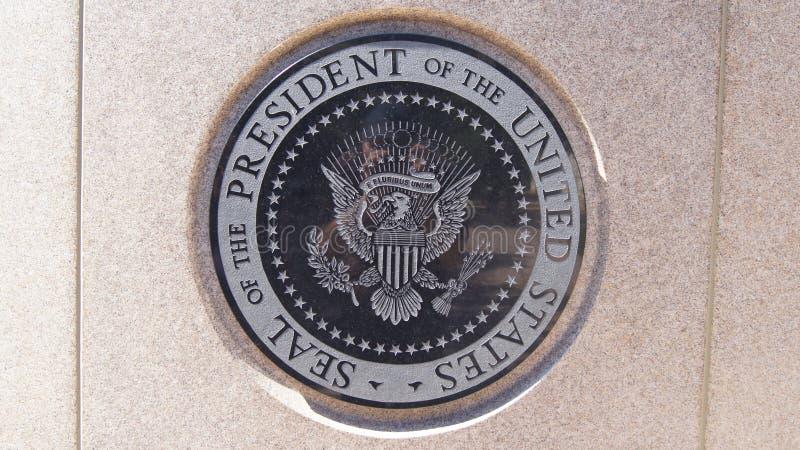 SIMI VALLEY KALIFORNIEN, FÖRENTA STATERNA - OKTOBER 9th, 2014: Ställe för ` s för president Ronald Reagan sista vila på royaltyfria foton