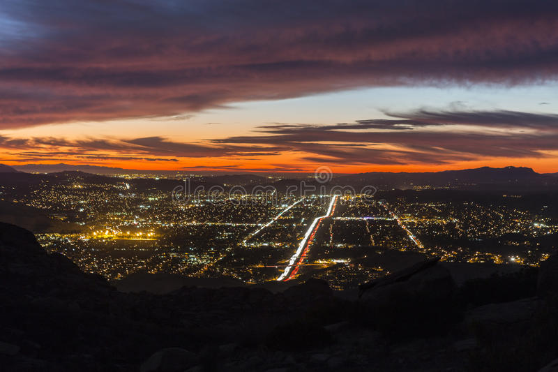 Simi Valley Night arkivbild