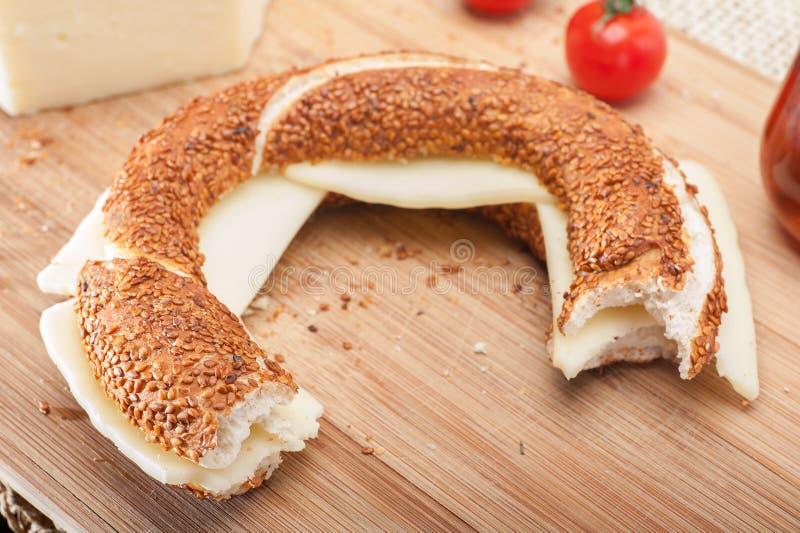 Simit-Sandwich lizenzfreie stockfotografie