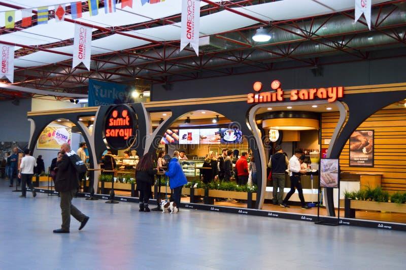 Simit Sarayi en centro de exposici?n de la expo del CNR de Estambul Yesilkoy imagen de archivo libre de regalías