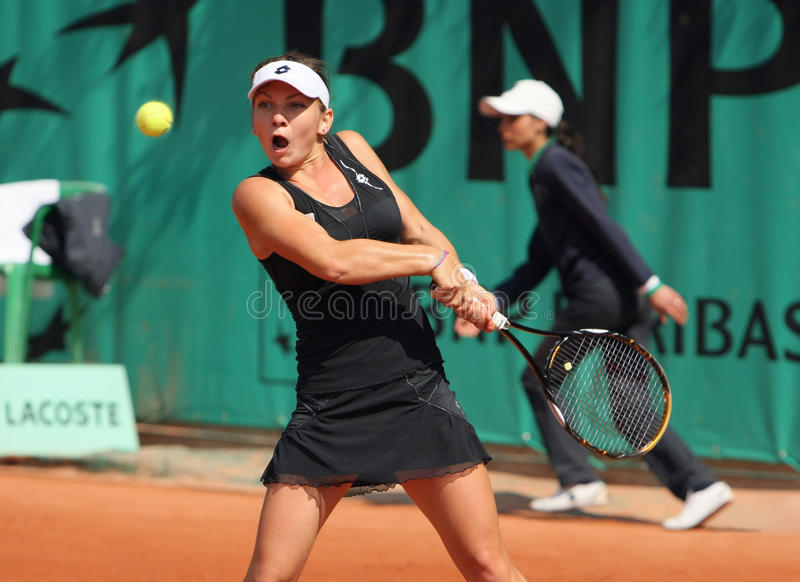 Simona HALEP (ROU) en Roland Garros 2010 foto de archivo