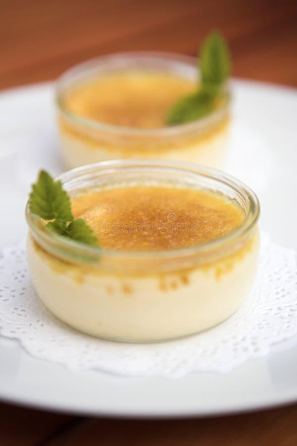 Simplement crème brulée photos stock